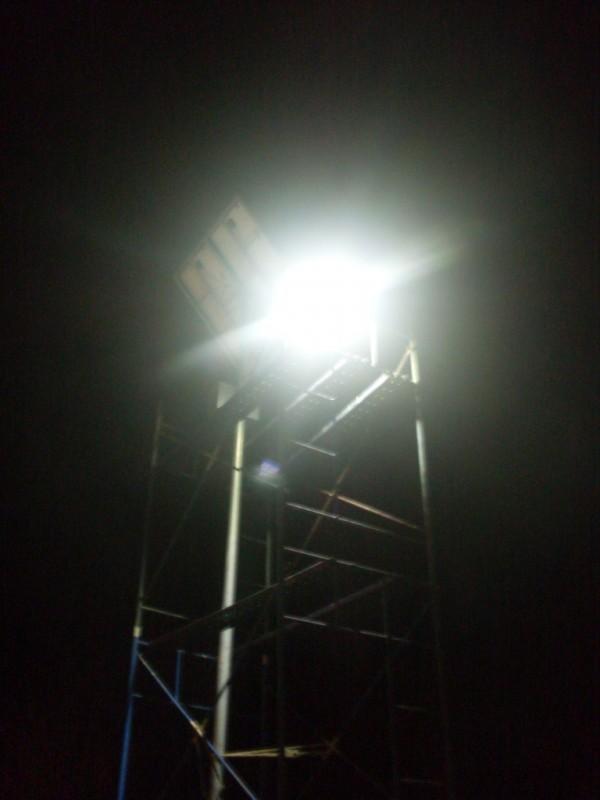 postes solares 16w